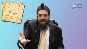 Manger de la matsa achira la veille de Pessah